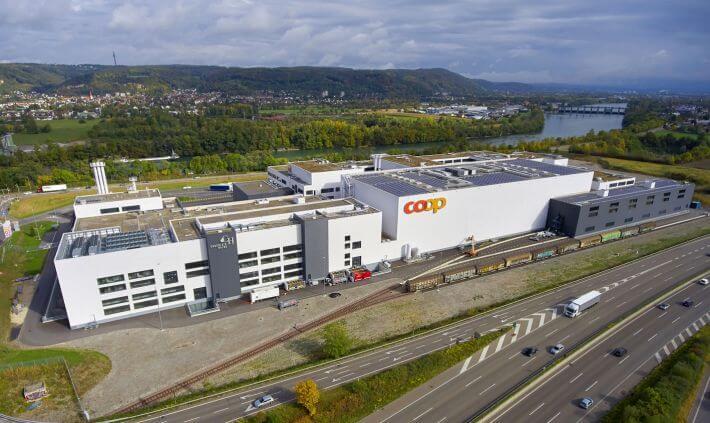 Coop Suisse apre un grande sito produttivo per le private label
