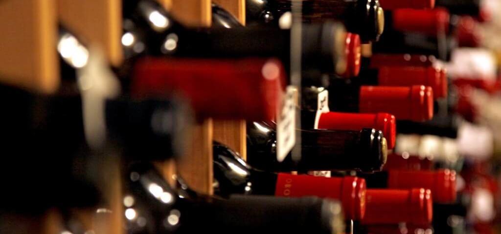 Vino: export da record (+6,2%) ma troppo concentrato sull'Ue