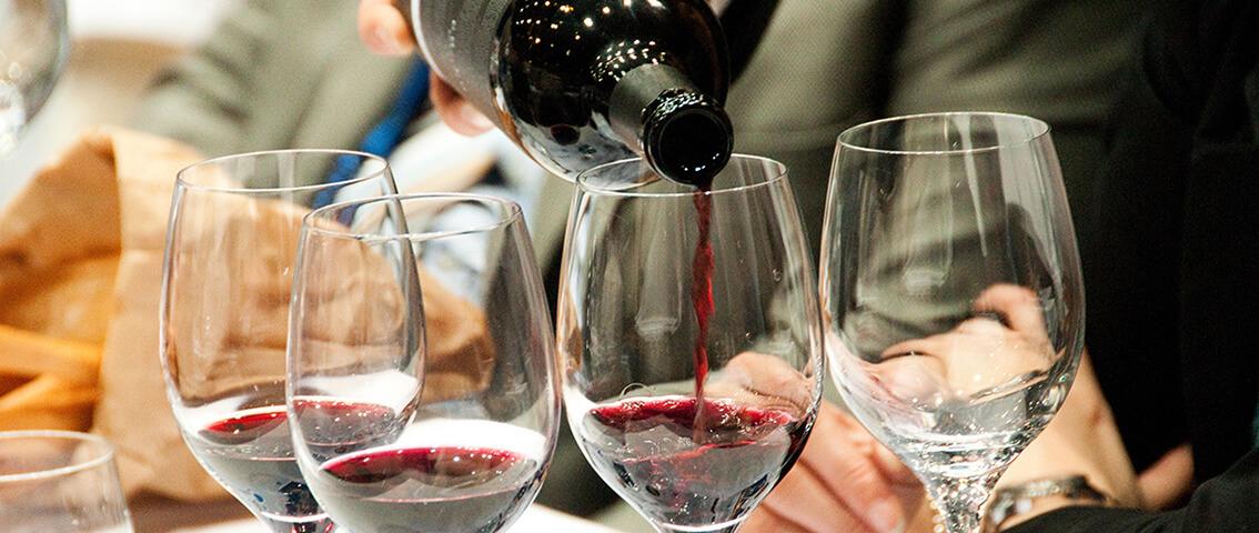 Studio UniCredit sul settore vitivinicolo del Sud: produce il 24% del vino italiano e crescono i vini qualità